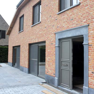 Veva Construct - ramen en deuren
